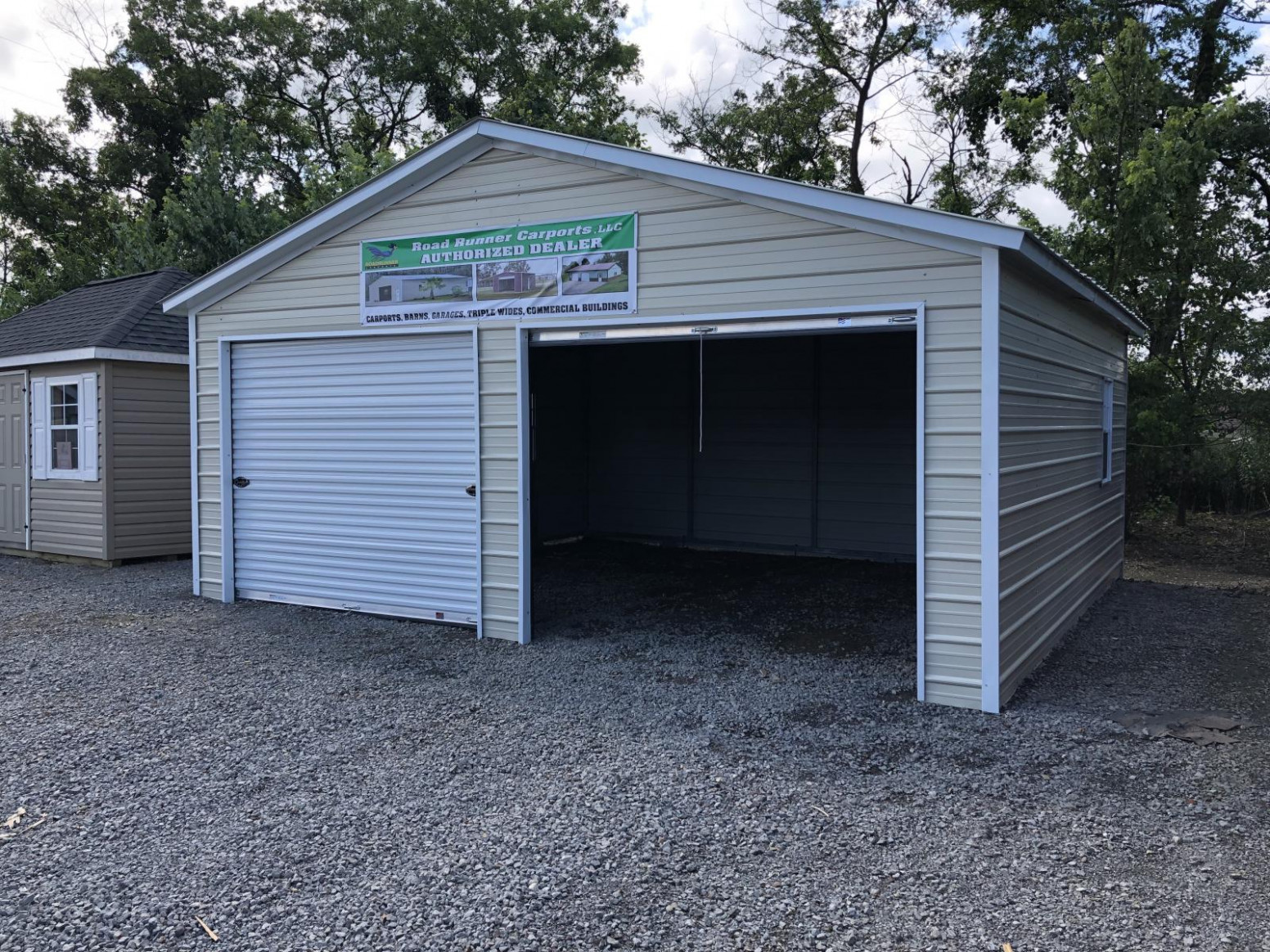 11x11x11 Metal Enclosed Carport Garage With Vertical Roof ..