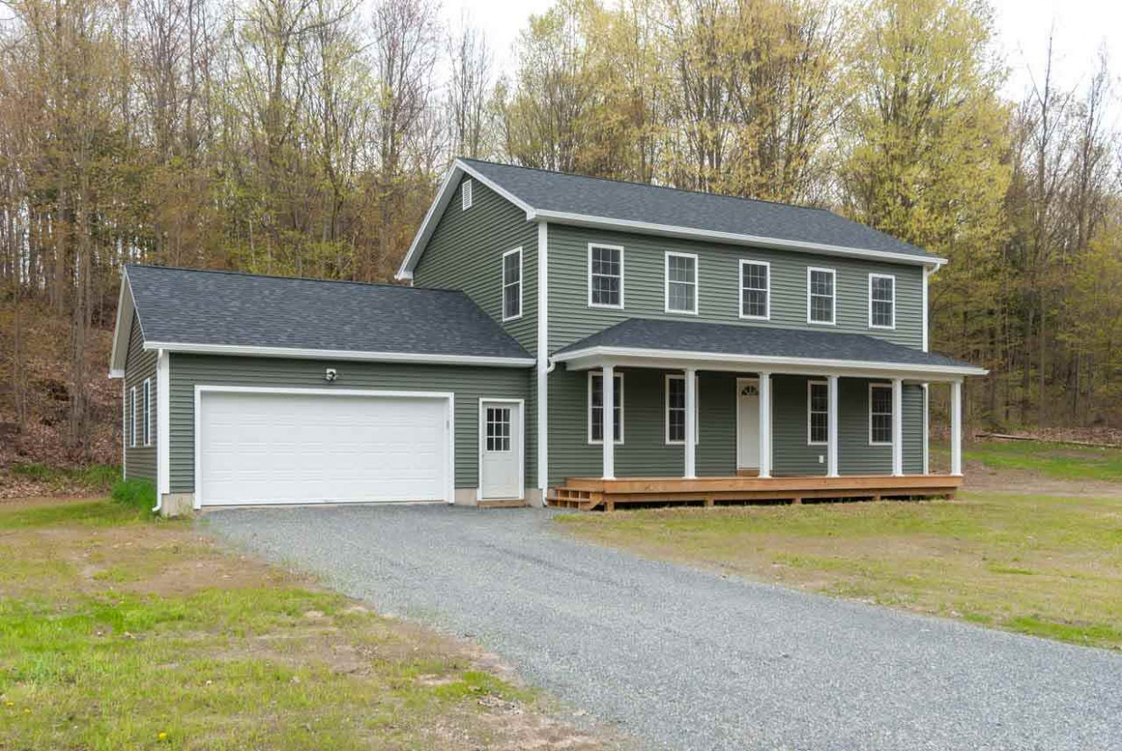 Alburg, VT Homes | Preferred Properties Bluestone Carports Garages Llc