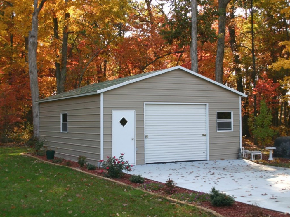 Boxed Eave Garage - Carolina Carports, Inc. | A Boxed Eave G ...