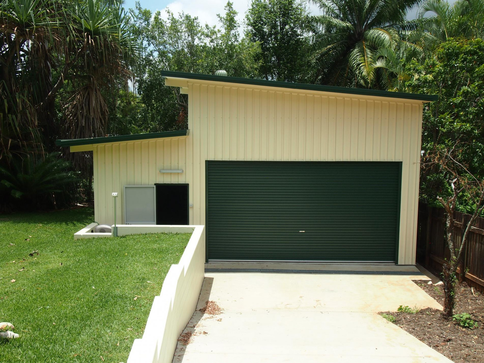 Cairns And FNQ Sheds | Cardinal Metal Roofing Modern Looking Carport
