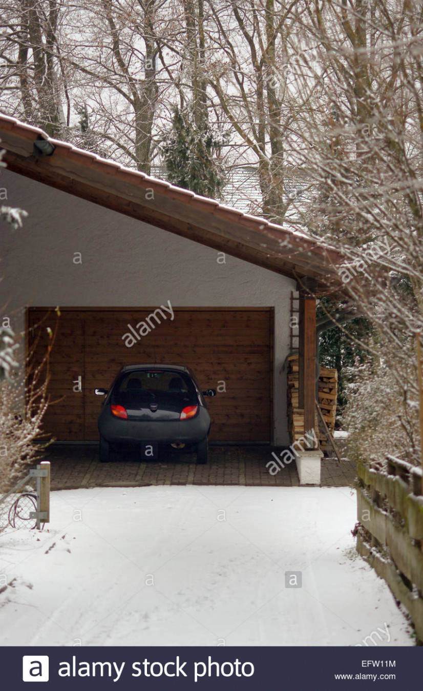 Carport And Garage And House Stock Photos & Carport And ...