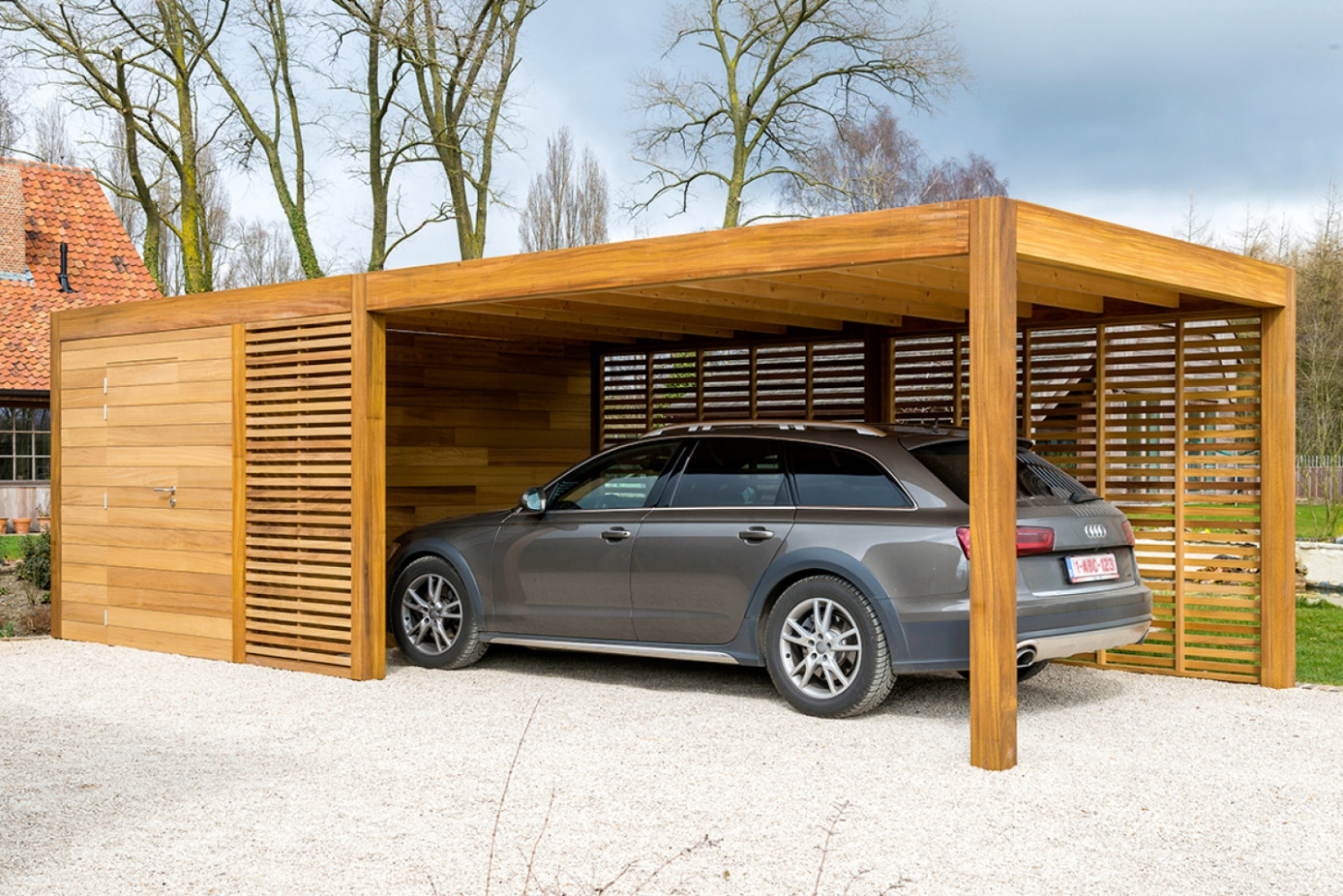 Carport Of Garage In Hout Met Berging Of Fietsstalling ..