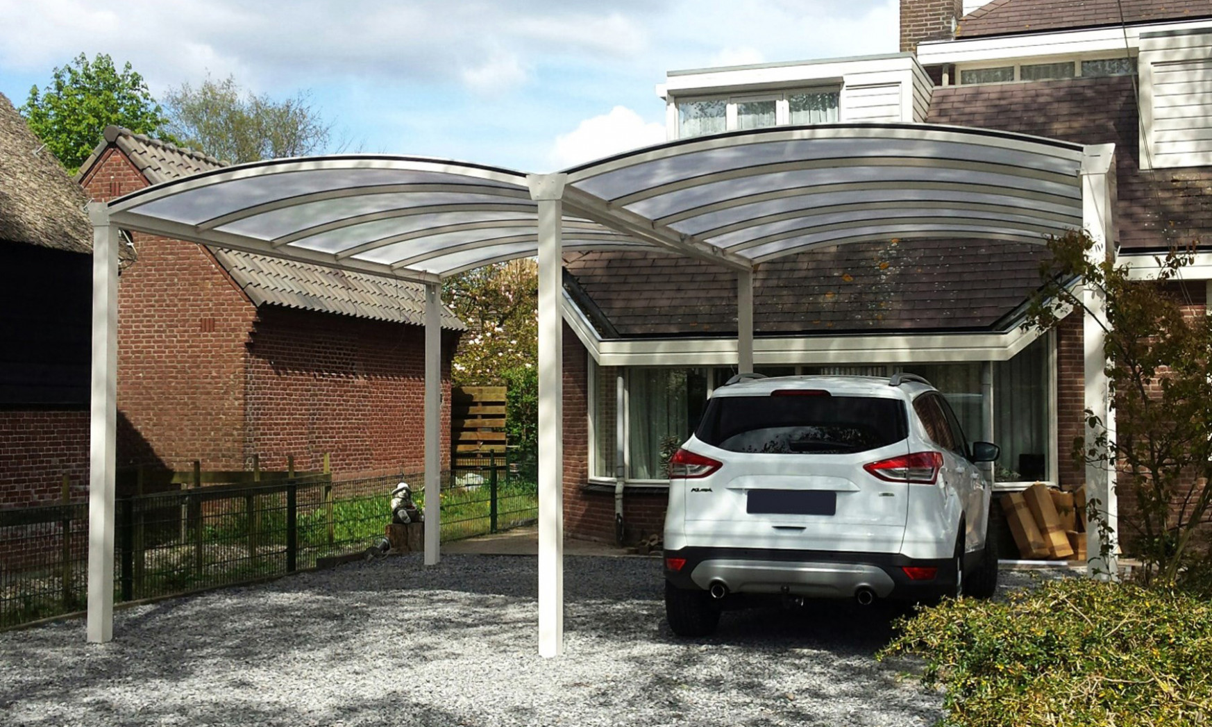 Carports From The 'Deutsche Kollection' | Diatostyle Apex Roof Carports