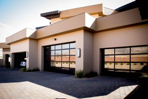 Check Out These Supersized Garages For Luxury Vehicles ..