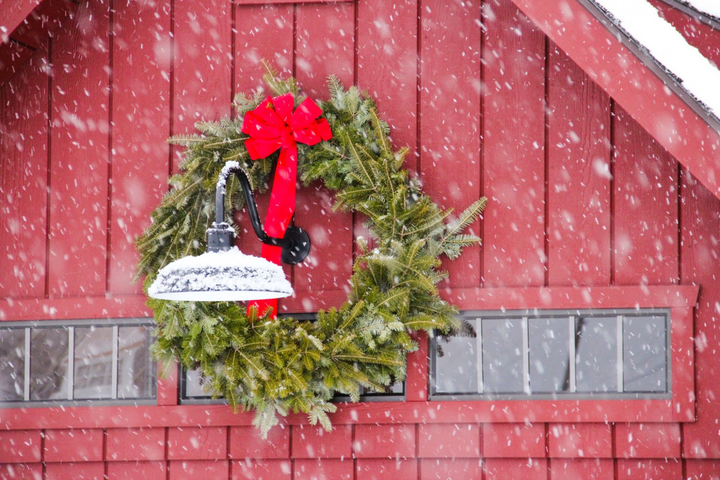 Christmas Decorating Contest: The Barn Yard & Great ..