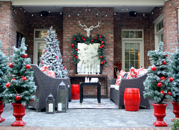 Christmas Decorating Ideas For A Cozy Winter Patio Decorating Carport For Christmas