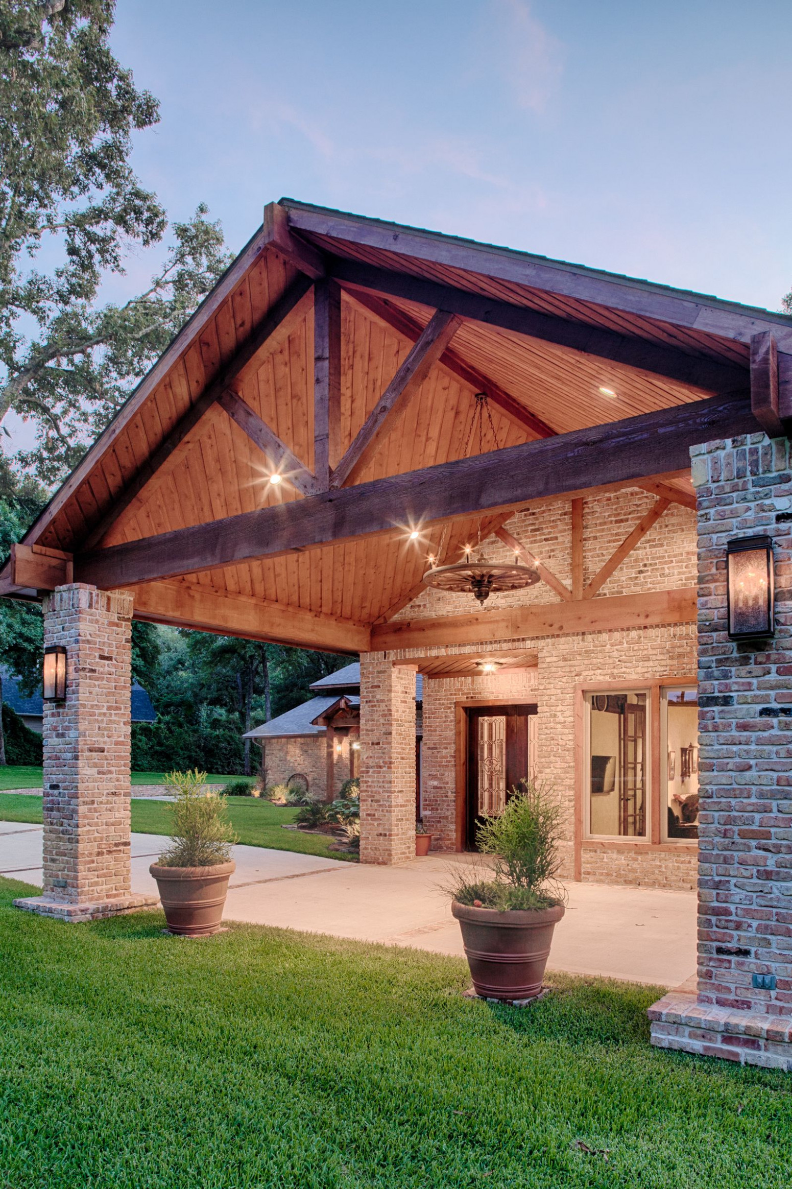 Covered Driveway | Tomball Transformation | Porch Lighting ..