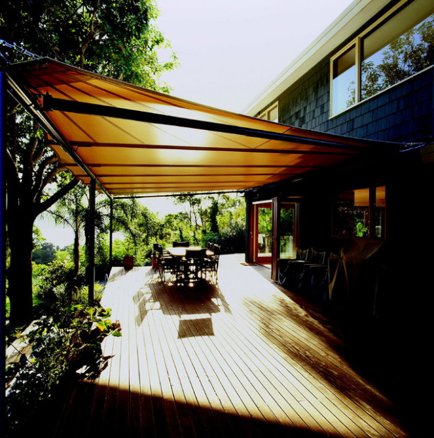 Decor Dreams & Schemes: Choosing An Awning For Your Home ..