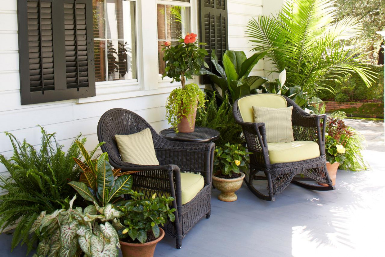 Decorate Your Porch With Ferns And Flowers | DIY Ideas For Decorating Carport Patios