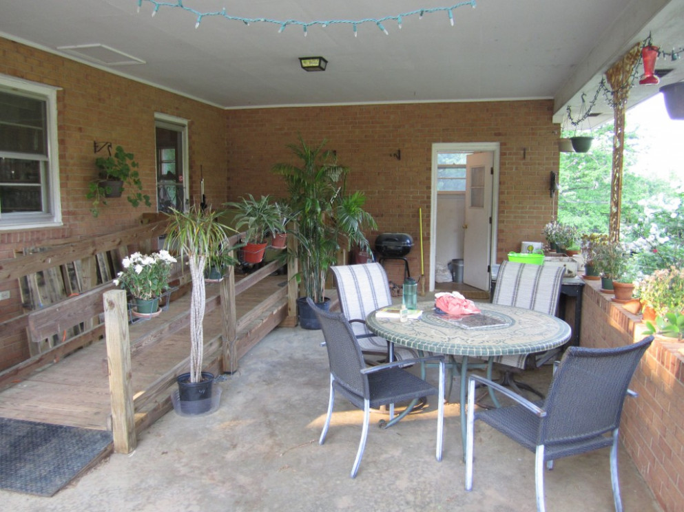 Escaping The Scorch In The Carport Porch | KW Homestead Carport Makeover Ideas