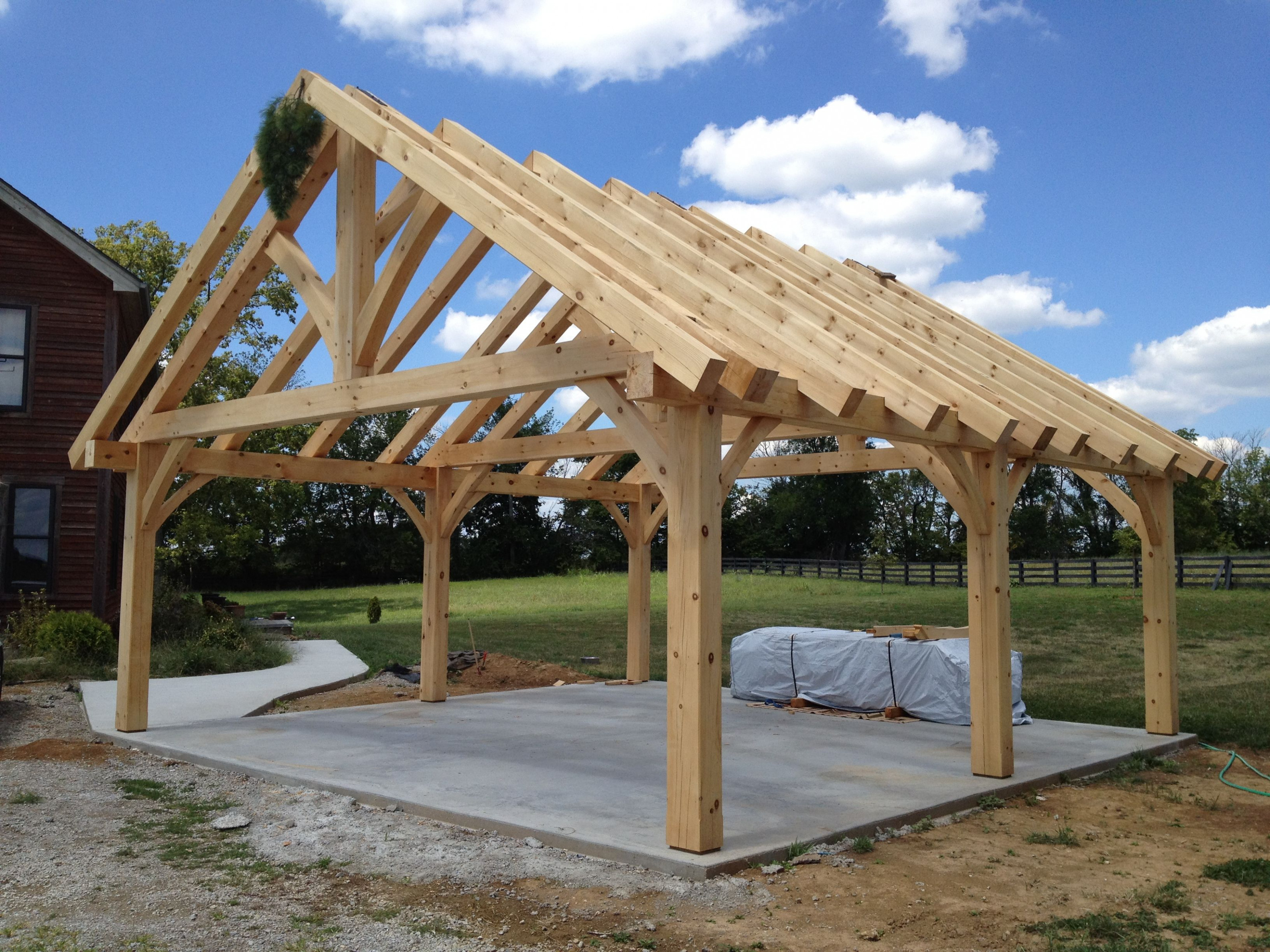 Kingpost #trusses #timberframe | Timber Frame Trusses In ..