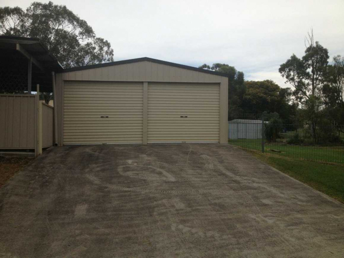Kingsthorpe Home On Large Block With Sheds! | Leased ..