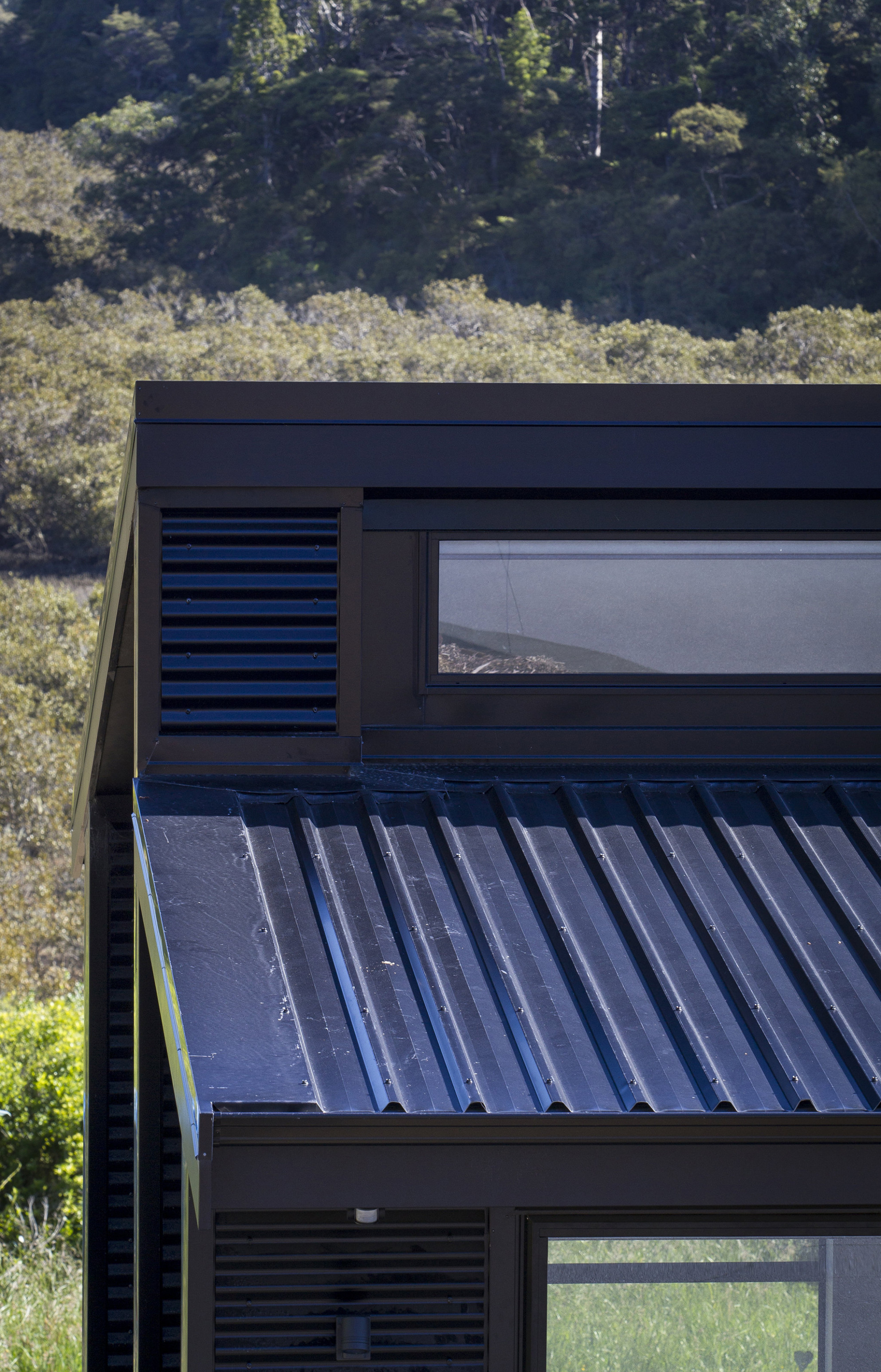 Low Pitch Roof Design With Dimond – EBOSS Carport Roof Height
