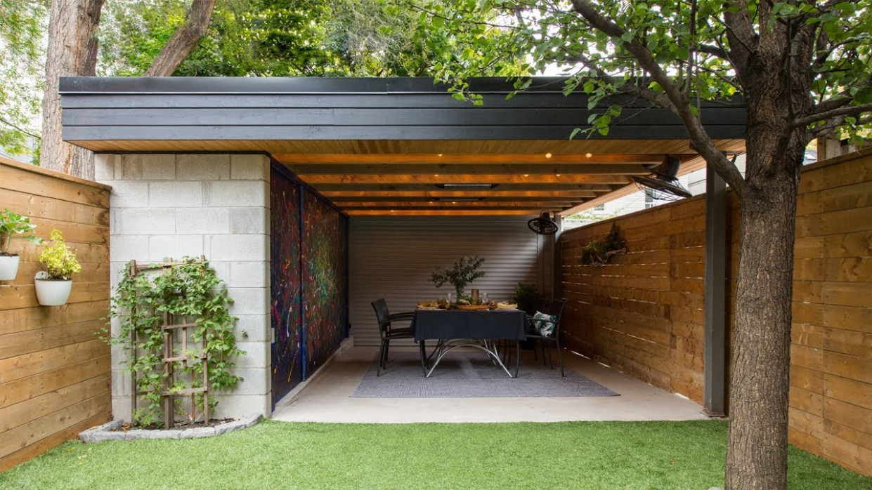 Outdoor Living | This Carport Doubles As A Cozy Dining Area! Modern Carport Roof