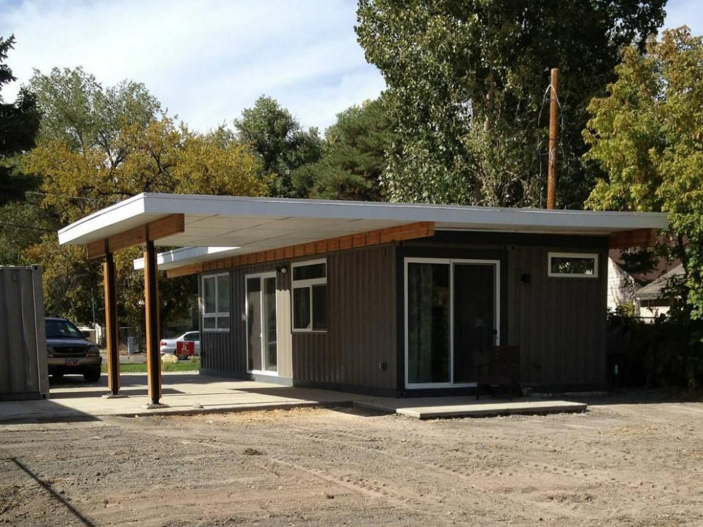 Sarah House, An Affordable Green Container Home With 12 ..