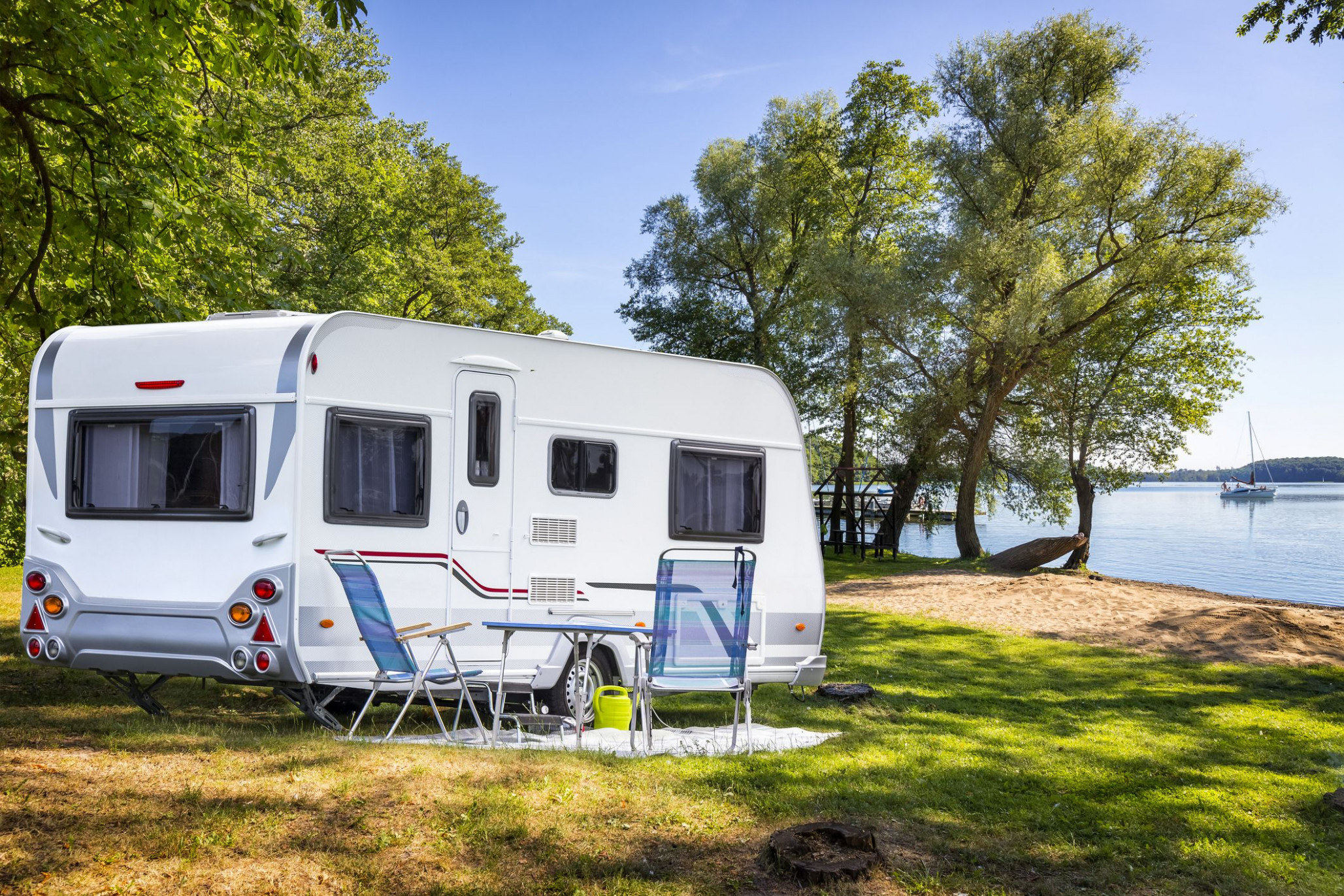Should You Cover Your Camper Trailer With A Tarp? Camper Carport Ideas