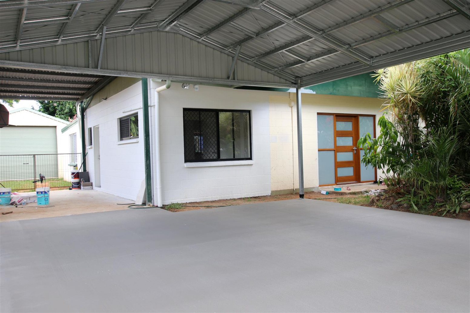 Smith & Sons Cairns North Local Home Renovation Builder Garages Carports Cairns