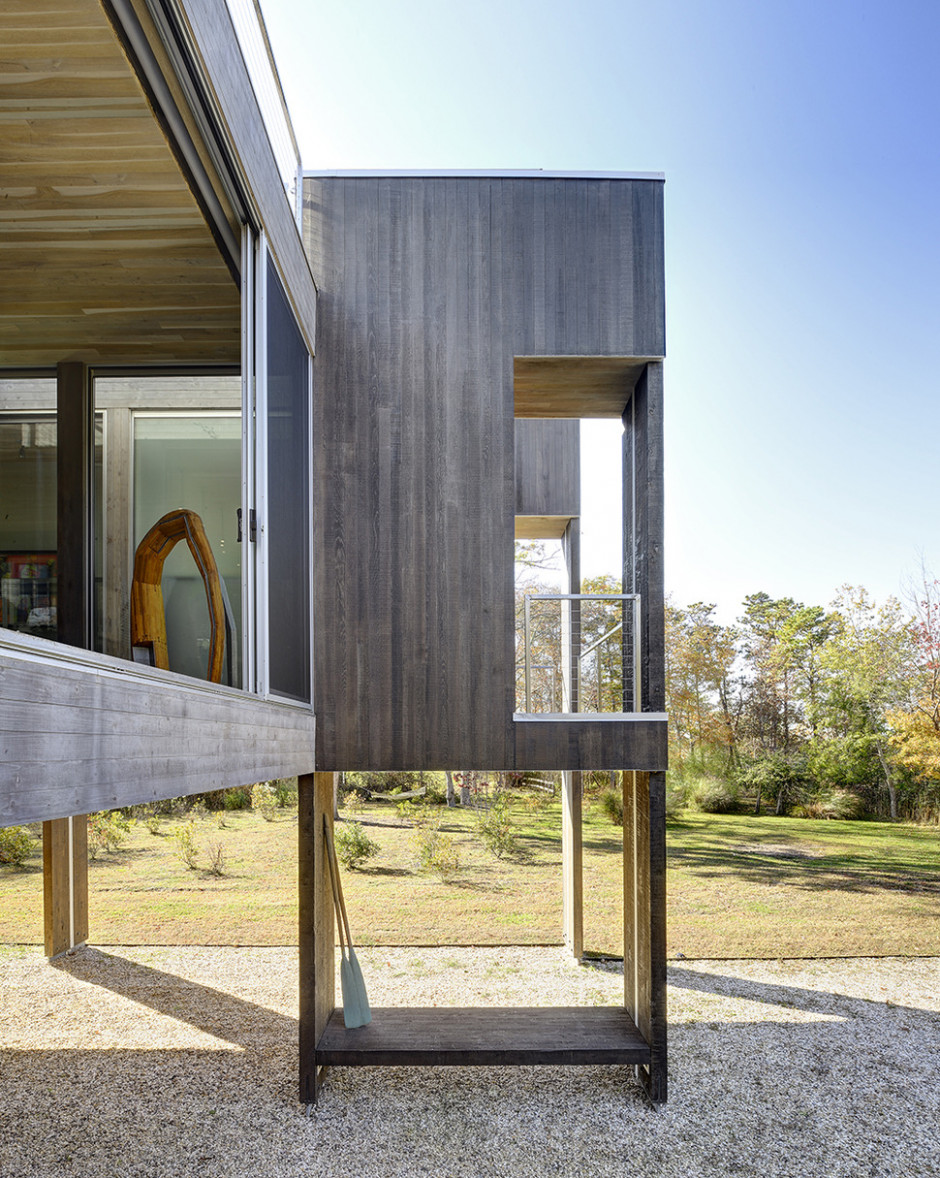 Stunning Floodplain Home Incorporates Unique And Functional ..