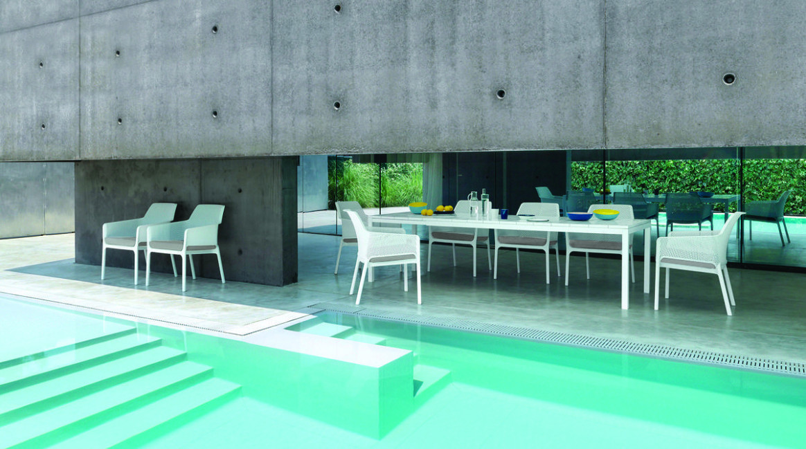 Trendy Outdoor Furniture For Modern Living From Mobelli Carport Contemporary Furniture