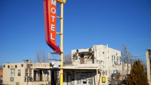 1517552076-former-aztec-motor-court-now-aztec-motel-historic-route-16-16-central-avenue-northeast-albuquerque-nm-built-16-style-googie-carport-parts.jpg