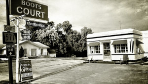 1517681288-boots-court-motel-carthage-mo-architectural-carport.jpg