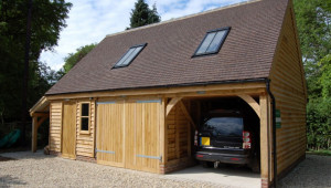 1517838074-green-oak-timber-framed-garages-car-ports-south-garage-car-ports.jpg