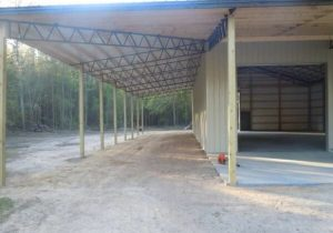 Pole Barn With Metal Trusses | DIY Barns, Workshops ..