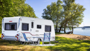 Should You Cover Your Camper Trailer With A Tarp? Trailer Carport Ideas
